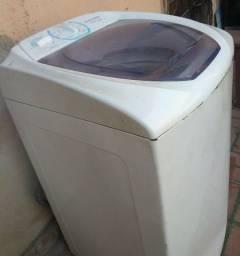 Lavadora Eletrolux 6 kg (c/ pequeno defeito)