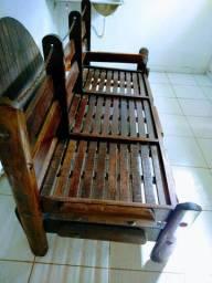 Sofá antigo de madeira. 2x10 por 88cm. Super pesado. * Zap oi