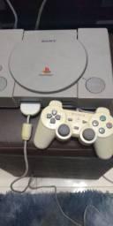 Vendo Playstation 1 fat