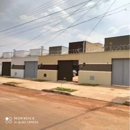 Vende casa de 3/4, Str São Leopoldo, Região Leste de Goiânia