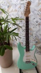 Guitarra Peruzzo Strato Surf Green (estudo trocas)