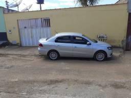Vende-se ou troca está casa e este carro por casa na Santa Maria DF