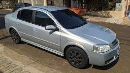 Astra Sedan Elegance 2.0 Prata 2005