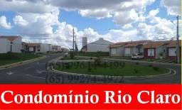 Condomínio Rio Claro casa de 03 quartos e ampliada
