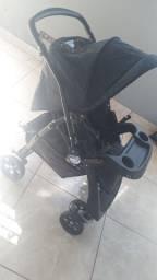 Carrinho de bebê AT6 Burigoto azul netuno.