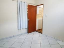 Alugo quarto no Centro