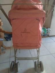 Título do anúncio: Carro de bebê menina usado