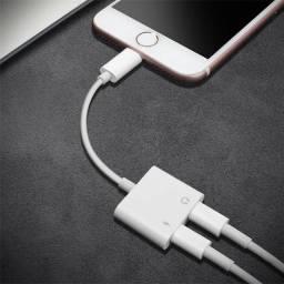 Adaptador 2 em 1 de iPhone