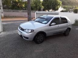Fiat \ Palio 1.0 Flex ( Way ) 4 Portas ( Completo ) Ano 2016 / Financio