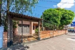 Casa com 3 dormitórios para alugar, 142 m² por R$ 4.200,00/mês - Cristal - Porto Alegre/RS
