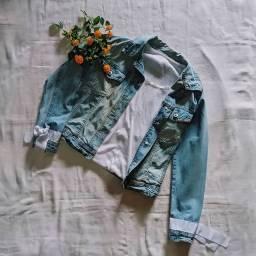 Jaqueta Jeans Feminina Customizada.