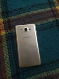 Vendo celular Samsung Galaxy 07 16 GB  só me chamar no zap *