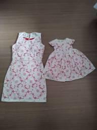 Vestido mãe e filha renda