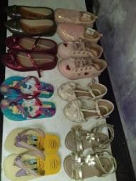 Vendo sapatinhos