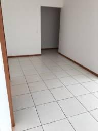 Alugo excelente apartamento 3 quartos Bento Ferreira