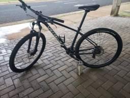 Bicicleta specialized rockhopper - ARO 29