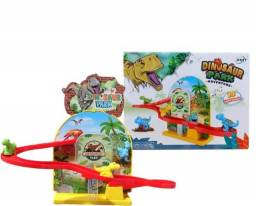 Brinquedo Pista Musical e luz dinossauro Escorregador A Pilha