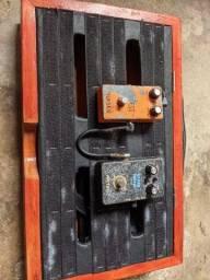 Pedalboard+pedais+fonte+cabos. Aceito trocas