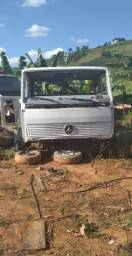 Cabine Mercedes 1214  frontal