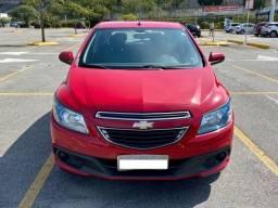 GM Ônix LT 1.4 - 2012/13 - Único dono - Ótimo estado