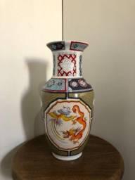 Vaso de porcelana importado