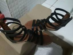 duas sandálias