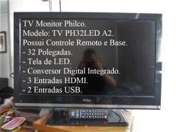 TV Monitor Philco Led, 32 polegadas, Conversor Digital integrado, controle, base