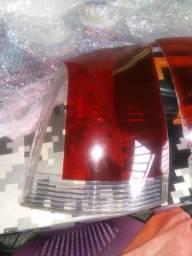 2 lentes da lanterna do Fiat palio fare só 30,00