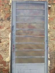 Porta de metalon com vidro