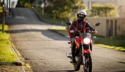 Título do anúncio: Procuro motoboy / entregador em Belo Horizonte com moto própria