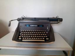 Máquina datilográfica