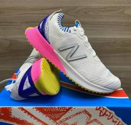 Tênis New Balance Fuelcell