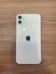 Vendo IPhone 11 128 gb com caixa e todos acessórios