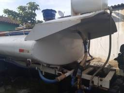 Tanque de Água de 9 mil litros completo