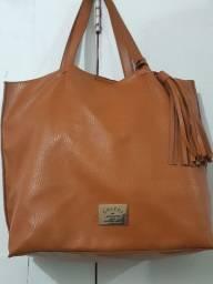 Vendo esta linda bolsa da COLCCI por  45 reais