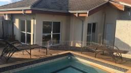 Cobertura Linda e Única, 3 suítes, jardim, piscina, churrasqueira, sauna, ar condicionado