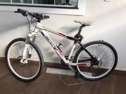 vendo bike top de linha scott 2.500 quadro 17