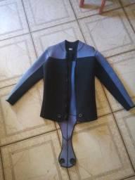 Duas jaquetas de mergulho 5mm,