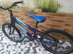 Bicicleta pra adolescente