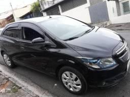 Chevrolet Onix - Em perfeito estado - 2013
