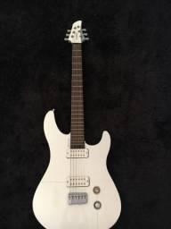 Guitarra Yamanha Rbx2a torrando
