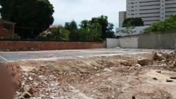 Casa na Boa vista para Permutar, ótimo terreno medindo 2.132m estacionamento bem localizad