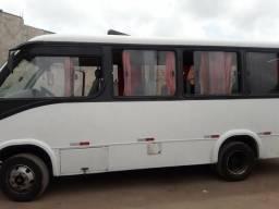 Micro ônibus 24 lugares Mercedes Benz - 2002