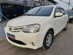 Toyota Etios Sedan 1.5 X 16v Flex com GNV Completo