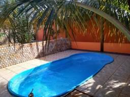 Casa com Piscina. Jardim Girassol