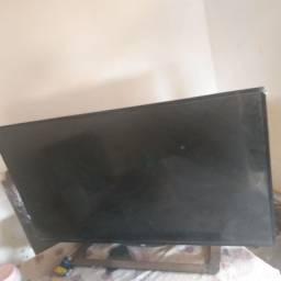 Vendo TV aoc 42 polegadas /precisa consertar