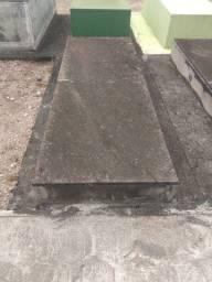 Terreno no cemitério Pedro Fuss