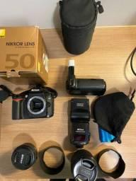 Nikon d90 impecável com inúmeros acessórios
