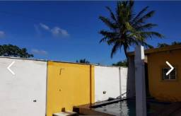 Vendo casa com piscina aceito financiamento.