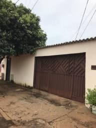 Casa com Barracao no fundo ótima renda todos alugados